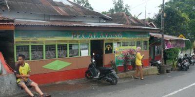 pasar atas ngarai (pasa ateh ngarai), warung sarapan ayang.